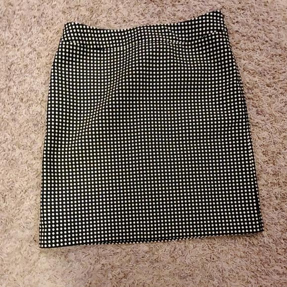 Ann Taylor Dresses & Skirts - Ann Taylor Petites Pencil Skirt